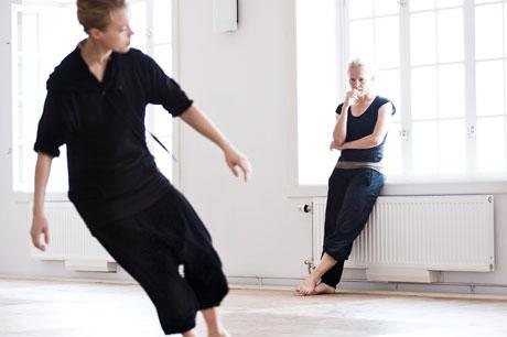 Kontakt med Dansavdelningen